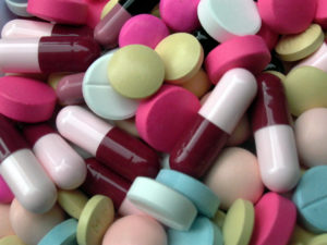 Read more about the article Антибиотики и их значение в медицине и ветеринарии